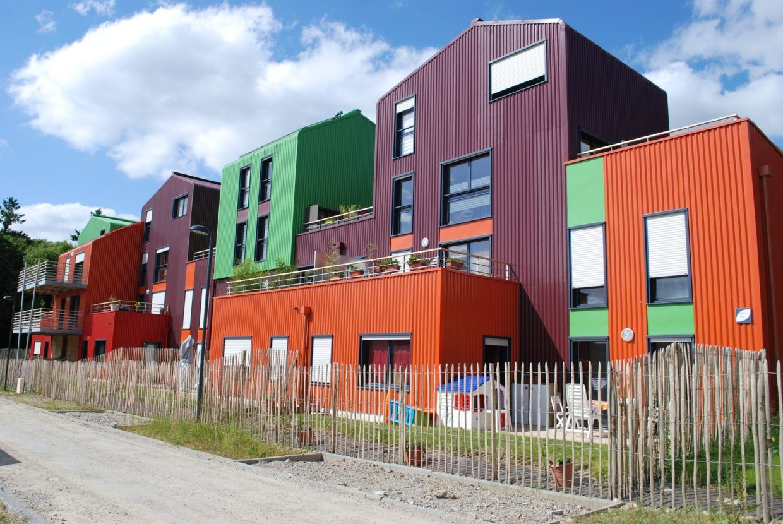 social-housing-1268009_1920